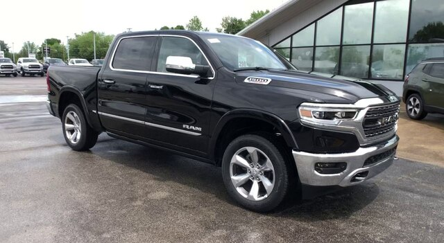 2020 Ram 1500 Crew Cab 4x4, Pickup #C20337 - photo 3