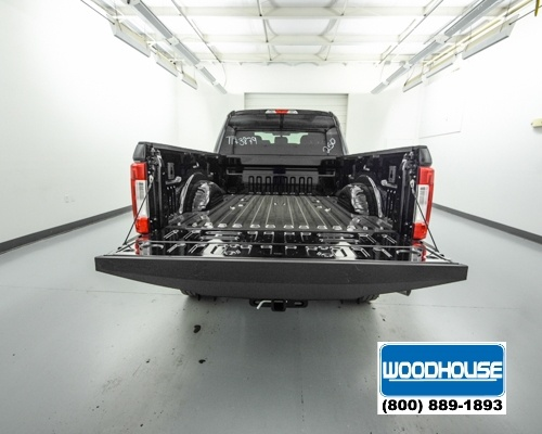 2017 F-250 Crew Cab 4x4, Pickup #T173879 - photo 6