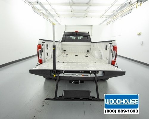 2017 F-350 Crew Cab DRW 4x4, Pickup #T173892 - photo 6