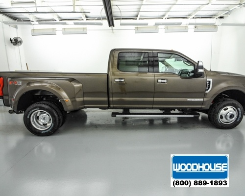 2017 F-350 Crew Cab DRW 4x4, Pickup #T173962 - photo 4