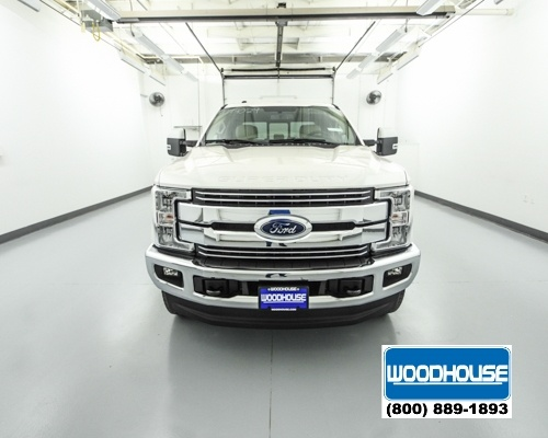 2017 F-250 Crew Cab 4x4, Pickup #T174029 - photo 3