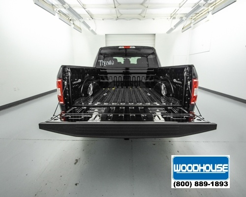 2018 F-150 Crew Cab 4x4, Pickup #T180112 - photo 6