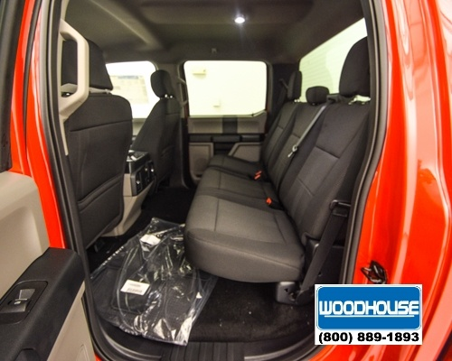 2018 F-150 Crew Cab 4x4, Pickup #T180143 - photo 8