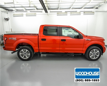 2018 F-150 Crew Cab 4x4, Pickup #T180143 - photo 4