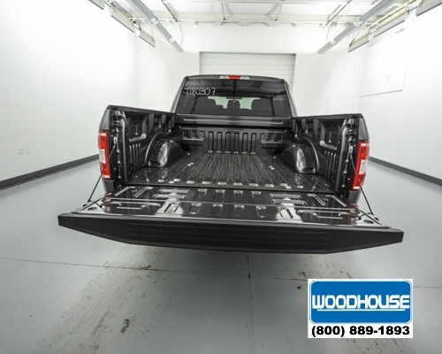 2018 F-150 Crew Cab 4x4, Pickup #T180307 - photo 6