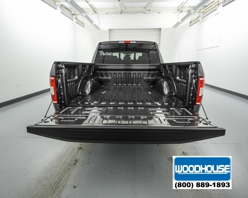 2018 F-150 Crew Cab 4x4, Pickup #T180310 - photo 6