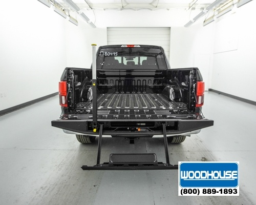2018 F-150 SuperCrew Cab 4x4, Pickup #T180495 - photo 6
