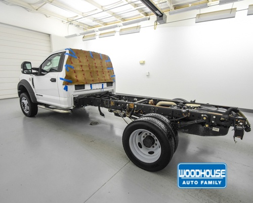 2017 F-550 Regular Cab DRW 4x4,  Cab Chassis #T180811A - photo 2