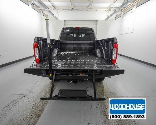 2018 F-350 Crew Cab 4x4,  Pickup #T188057 - photo 6