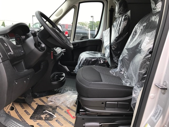 2018 ProMaster 2500 High Roof 4x2,  Empty Cargo Van #R180012 - photo 14