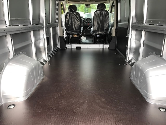 2018 ProMaster 2500 High Roof, Cargo Van #R180012 - photo 2