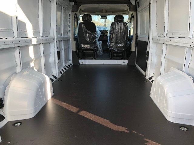 2018 ProMaster 2500 High Roof, Cargo Van #R180085 - photo 2