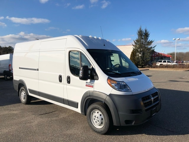 2018 ProMaster 2500 High Roof, Cargo Van #R180085 - photo 4