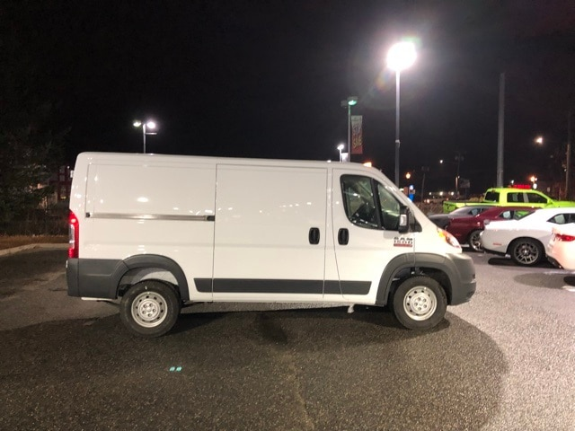 2018 ProMaster 1500 Standard Roof 4x2,  Empty Cargo Van #R180167 - photo 5