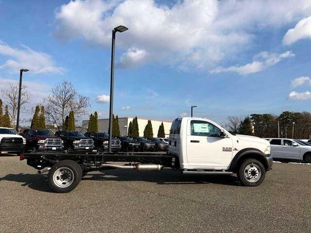 2018 Ram 5500 Regular Cab DRW 4x4 Cab Chassis #R180169 - photo 5