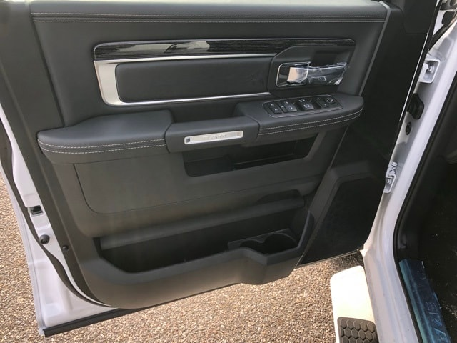 2018 Ram 1500 Crew Cab 4x4, Pickup #R180197 - photo 20