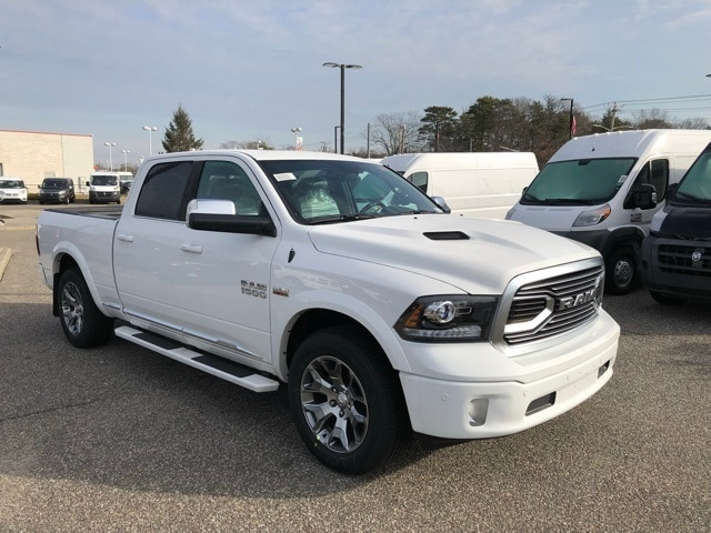 2018 Ram 1500 Crew Cab 4x4, Pickup #R180197 - photo 4