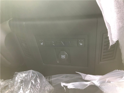 2018 Ram 1500 Crew Cab 4x4, Pickup #R180197 - photo 38