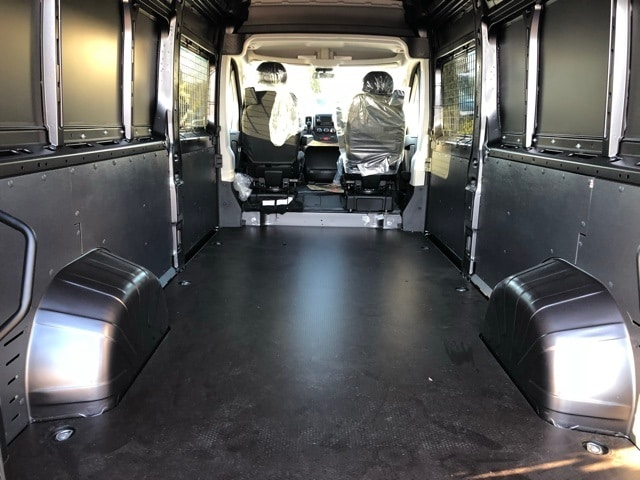 2018 ProMaster 2500 High Roof, Cargo Van #R180212 - photo 2