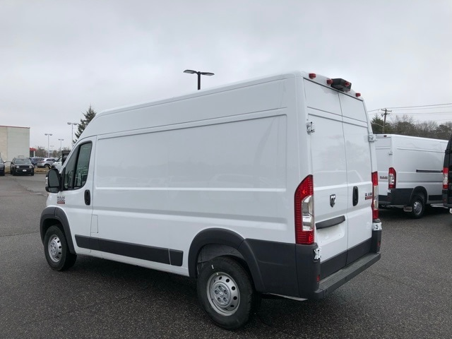 2018 ProMaster 2500 High Roof FWD,  Empty Cargo Van #R180213 - photo 8