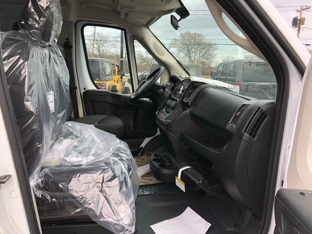 2018 ProMaster 2500 High Roof 4x2,  Empty Cargo Van #R180214 - photo 29