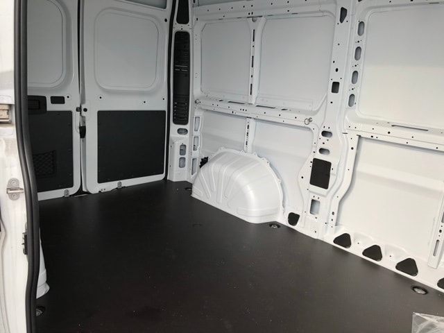 2018 ProMaster 2500 High Roof 4x2,  Empty Cargo Van #R180214 - photo 32