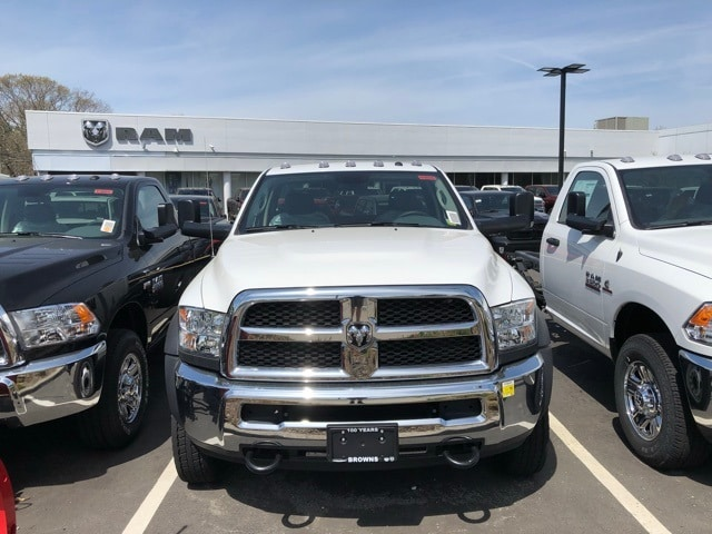 2018 Ram 5500 Regular Cab DRW 4x4,  Cab Chassis #R180249 - photo 3