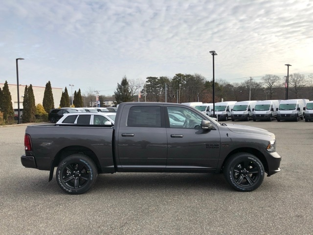 2018 Ram 1500 Crew Cab 4x4, Pickup #R180286 - photo 5