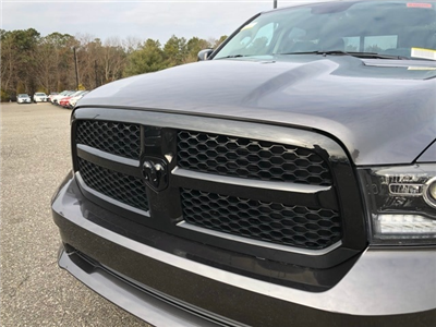 2018 Ram 1500 Crew Cab 4x4, Pickup #R180286 - photo 9