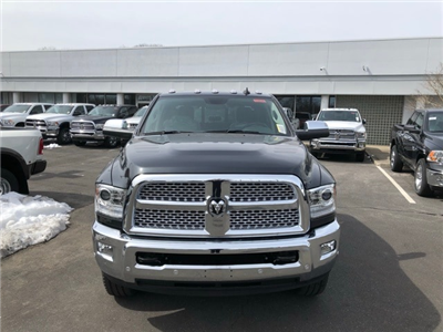 2018 Ram 2500 Crew Cab 4x4, Pickup #R180336 - photo 3