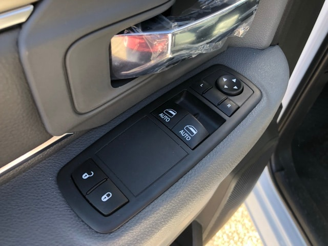 2018 Ram 1500 Regular Cab 4x2,  Pickup #R180352 - photo 17