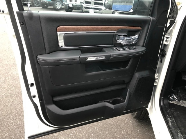 2018 Ram 3500 Crew Cab 4x4,  Pickup #R180368 - photo 17
