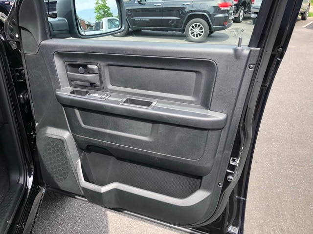 2018 Ram 1500 Quad Cab 4x4,  Pickup #R180420 - photo 34