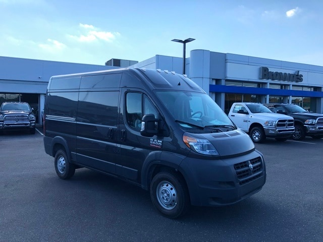 2018 ProMaster 2500 High Roof 4x2,  Empty Cargo Van #R180449 - photo 4