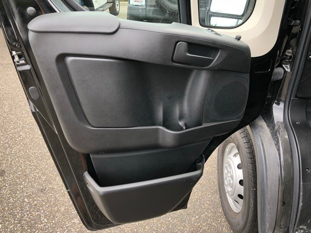 2018 ProMaster 2500 High Roof FWD,  Empty Cargo Van #R180461 - photo 9