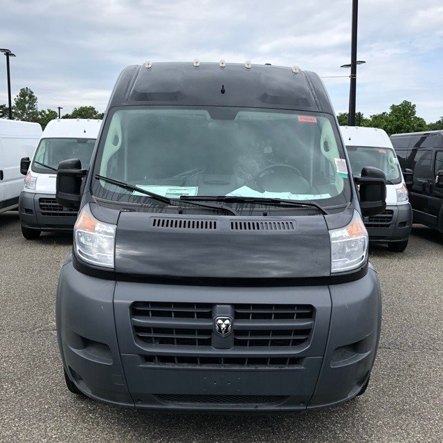 2018 ProMaster 2500 High Roof FWD,  Empty Cargo Van #R180461 - photo 4