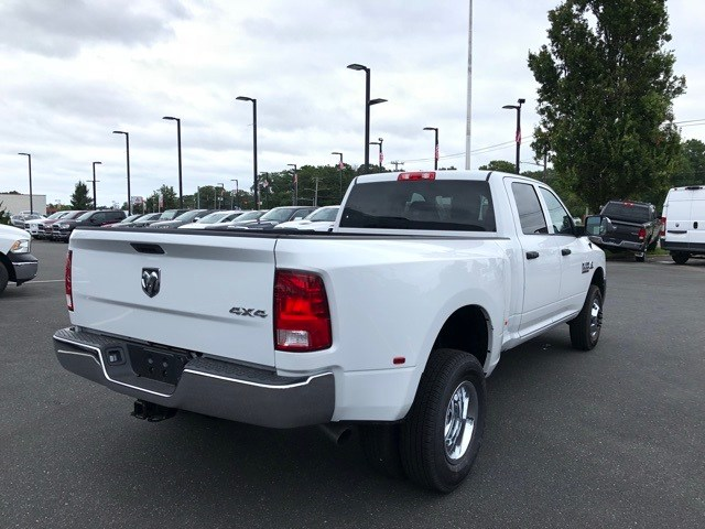 2018 Ram 3500 Crew Cab DRW 4x4,  Pickup #R180521 - photo 5