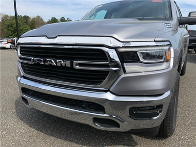 2019 Ram 1500 Crew Cab 4x4, Pickup #R190010 - photo 14