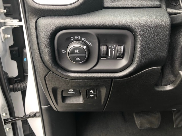 2019 Ram 1500 Crew Cab 4x4,  Pickup #R190017 - photo 23