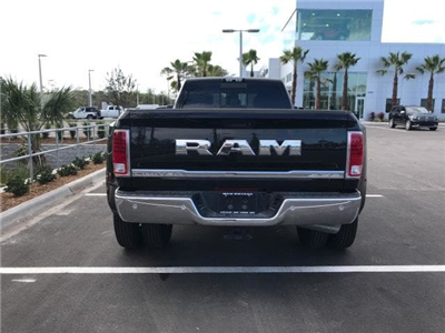 2018 Ram 3500 Crew Cab DRW 4x4,  Pickup #G112522 - photo 9