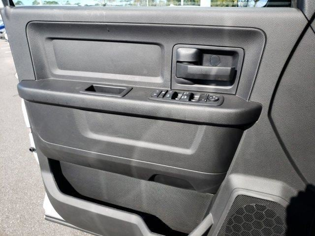 2018 Ram 2500 Crew Cab 4x2,  Warner Select II Service Body #G293599 - photo 7