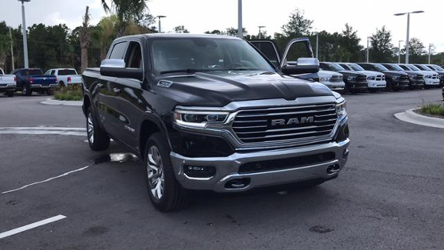 2019 Ram 1500 Crew Cab 4x2,  Pickup #KN526644 - photo 3