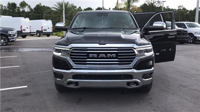 2019 Ram 1500 Crew Cab 4x2,  Pickup #KN526644 - photo 4