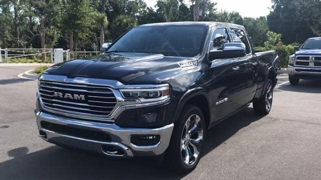 2019 Ram 1500 Crew Cab 4x2,  Pickup #N508409 - photo 5