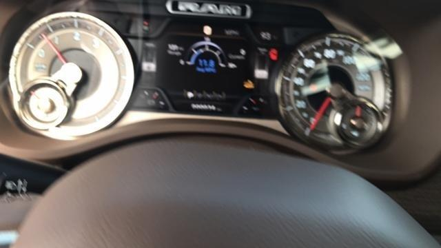 2019 Ram 1500 Crew Cab 4x2,  Pickup #N508409 - photo 24