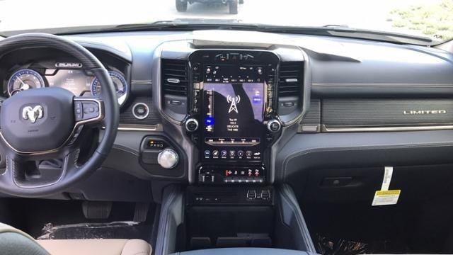 2019 Ram 1500 Crew Cab 4x2,  Pickup #N547786 - photo 27