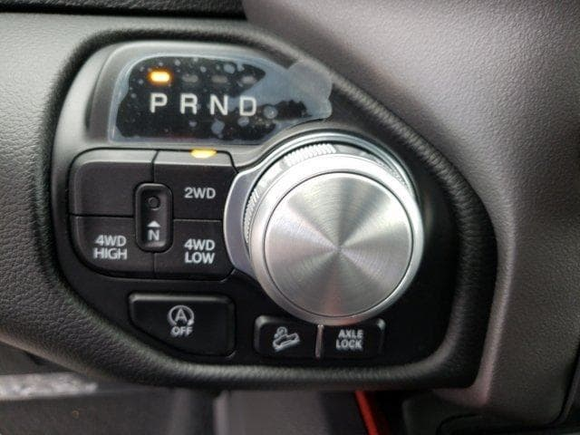 2019 Ram 1500 Crew Cab 4x4,  Pickup #N573853 - photo 25