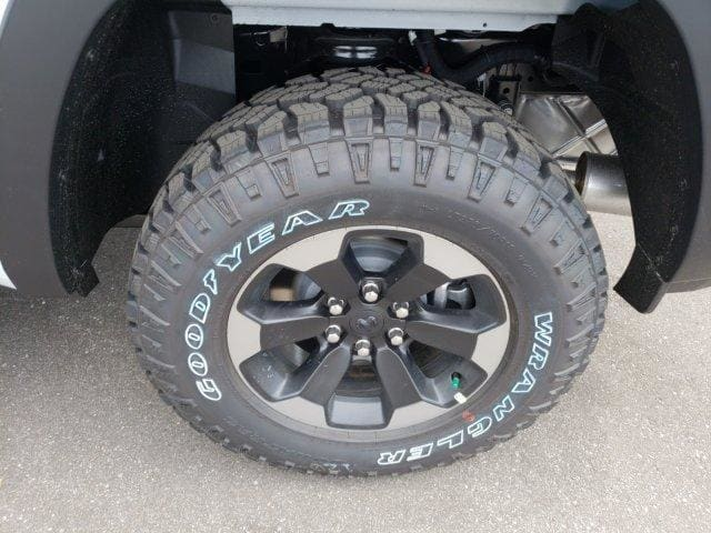 2019 Ram 1500 Crew Cab 4x4,  Pickup #N573853 - photo 28