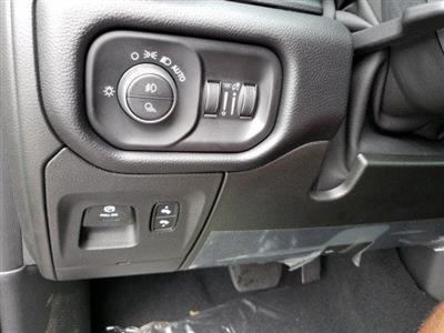2019 Ram 1500 Crew Cab 4x4,  Pickup #N618174 - photo 27