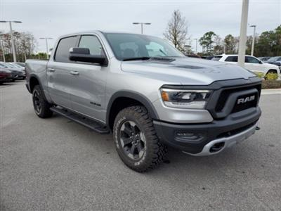 2019 Ram 1500 Crew Cab 4x4,  Pickup #N618174 - photo 3